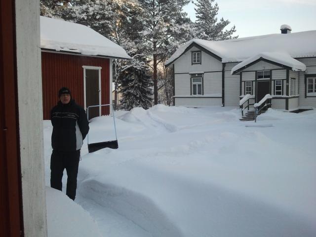 Skönt snöarbete på julannandag.