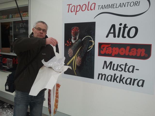 Besöker man Tammerfors måste åtminstone en av resenärerna äta svartkorv :-)