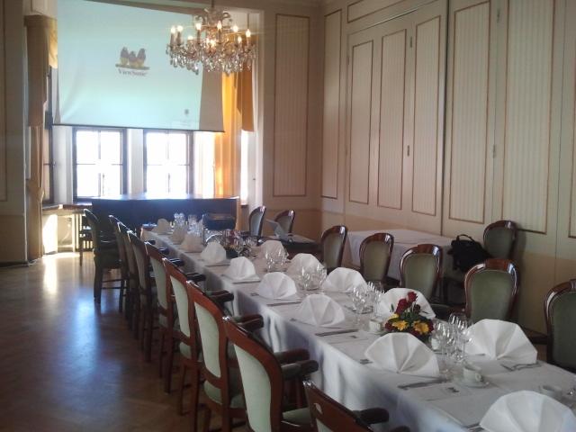 I det här rummet höll Lovisa lärdomsskolas elevförbund sitt årsmöte 20.4.2013.