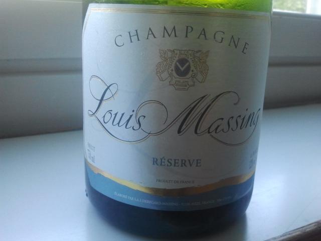 Semestern inleds sedan några år tillbaka alltid med äkta champagne.