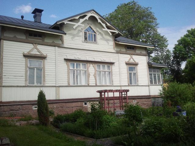 Tredje söndagen för Öppna Trädgårdar i Lovisa. Här är Aaltonens trädgård och hem. Trädgårdarna är öppna till klockan 17. Missar du dem i dag får du nästa chans fjärde augusti.