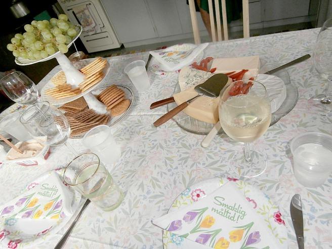 Sommarsäsongen på Kretsgången brukar invigas med ostfest. Ofta avslutas den också med sådan, men till den dagen är det lyckligtvis ännu många veckor.
