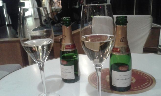 Alla hjärtans dag firades ett par dagar i efterskott i söndags med äkta champagne.