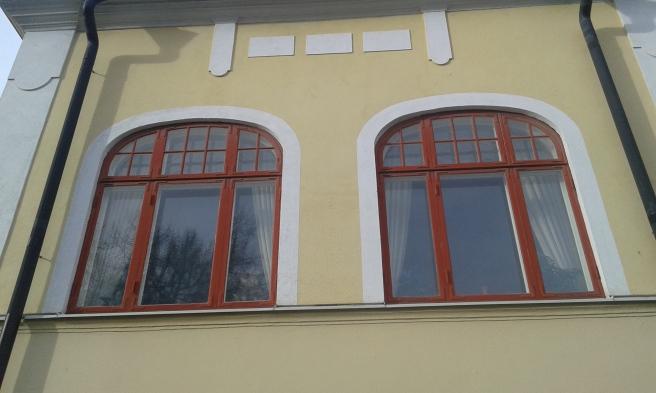 Fanns massor av fönster i Eskilstuna. Hann fotografera en bråkdel av dem, kanske två av några miljoner?