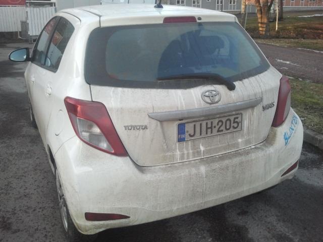Man kan väl ana sig till att vi har en vit bil...
