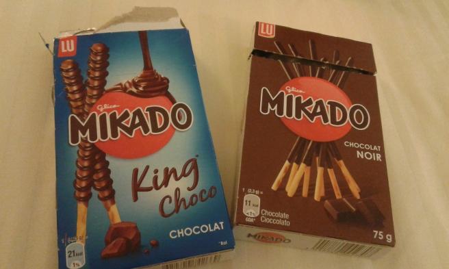 Det här godiset har jag aldrig hittat i Sverige eller i Finland. Bara i Frankrike och Italien, ja - kanske i Grekland. MUMS!