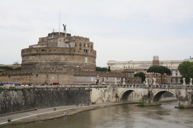 Floden Tibern sedd från Ponte Vittorio Emanuele II.