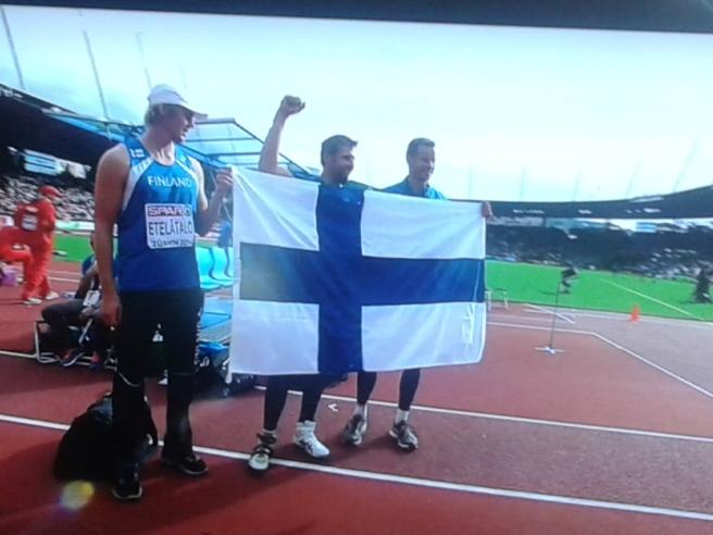 Lassi Etelätalo, fyra i tävlingen, Antti Ruuskanen (guld) och Tero Pitkämäki (brons).