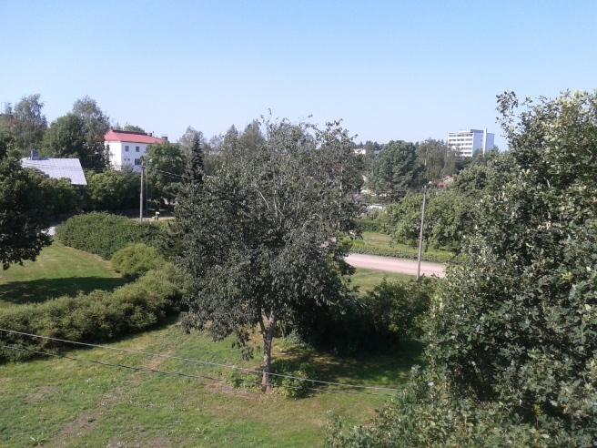 Utsikt från balkongen mot väst.