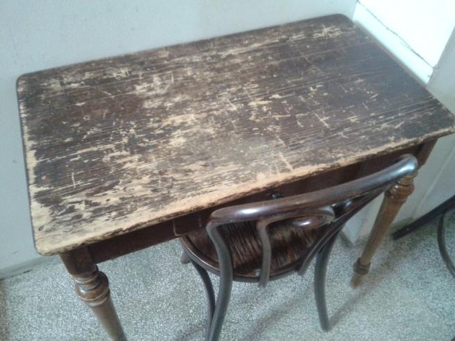 Ett gammalt fint bord.