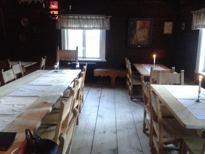 En sal som gjord för julfest med gammaldags prägel.