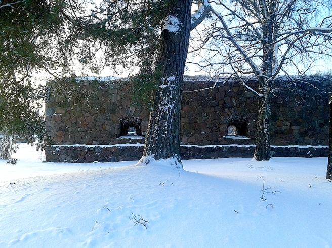 Bilturen gick sedan också förbi bastionerna, strax innan solen försvann bakom trädtopparna.