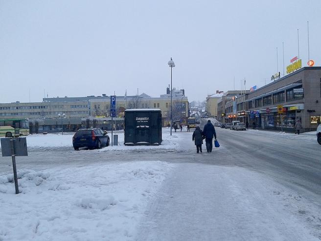 Mycket frisk luft fick jag i alla fall då jag kutade runt och flyttade bilen i Borgå i dag...