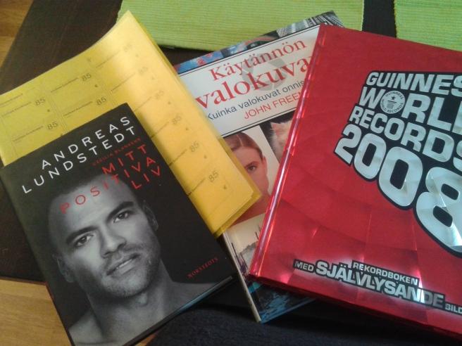 På loppisbord 85 finns bland annat böcker 9-15 mars.