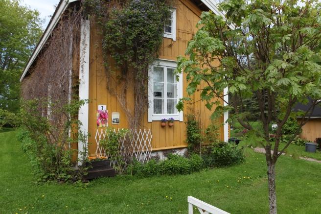 Kom ihåg att besöka de vackra trädgårdarna i Lovisa söndagen den 31 maj.