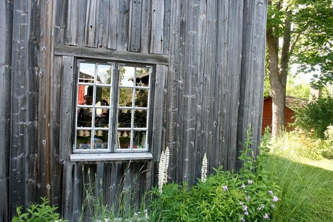 En av de många byggnaderna på Postbacken i Illby i Borgå.