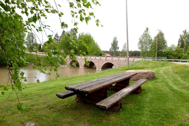 Stenbron i Sävträsk i Liljendal.