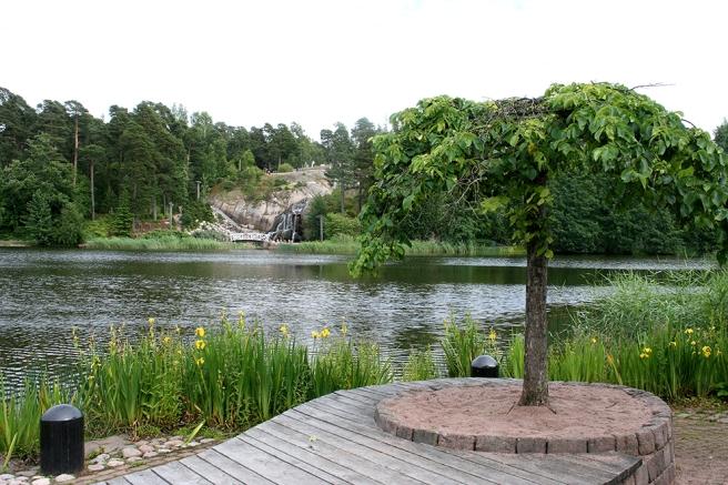 ... och så här ser vattenfallet ut på avstånd.
