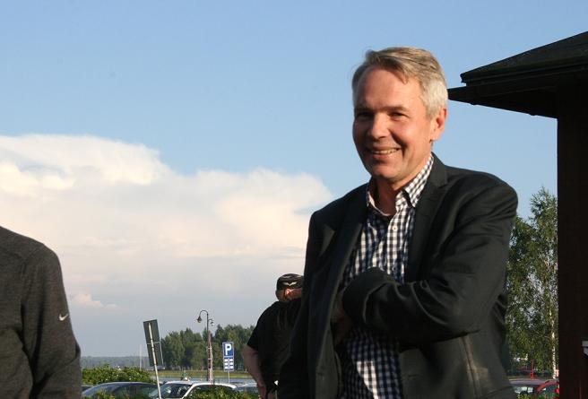 En av kvällens talare, Pekka Haavisto.