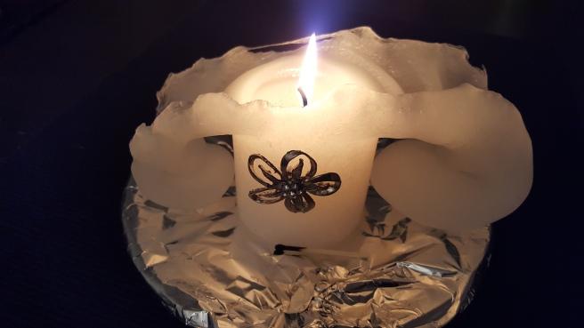 Tänk att ett ljus kan forma sig så här.