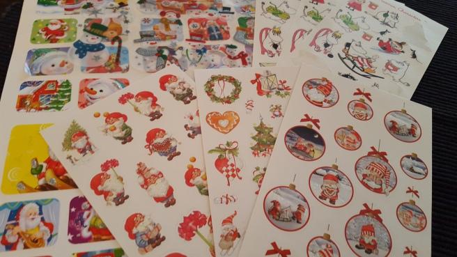 Nu har jag klisterbilder med jultema så det räcker fram till påsk i min dagbok :-)
