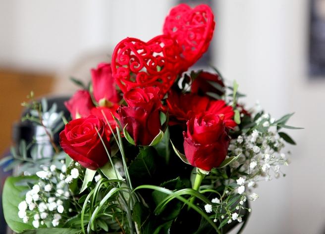 Låt alla blommor blomma - och kärlek kan aldrig vara fel.