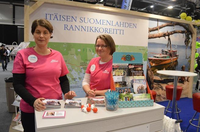Först ut Lilian Järvinen och Jaana Laine i Lovisas stånd. De hade haft många besök, både av personer som kände till staden men också av sådana som troligen gör sitt första besök i Lovisa snart.