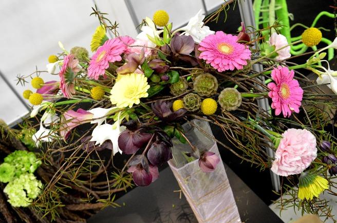 En blomsterbindning från tävlingen på mässan.