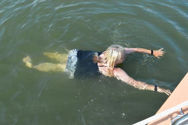 Första doppet i Lillfjärden.