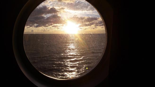 Solnedgång på Finska viken.