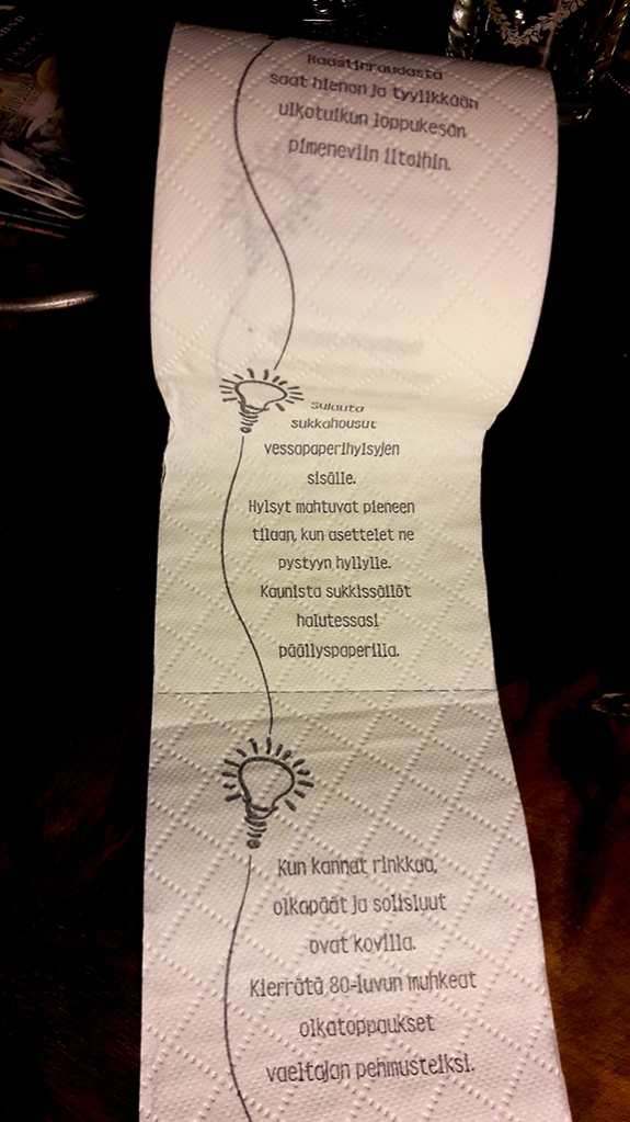 Toapappersrulle full med goda råd.