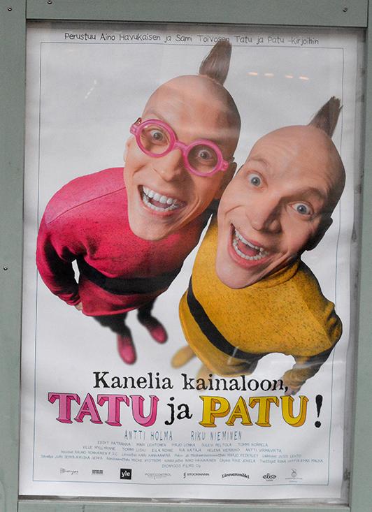Med dessa glada nunor från en reklam för en film på bio önskar jag alla en bra start på veckan!