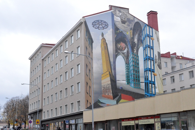 Ett konstverk på en vägg i Kotka.