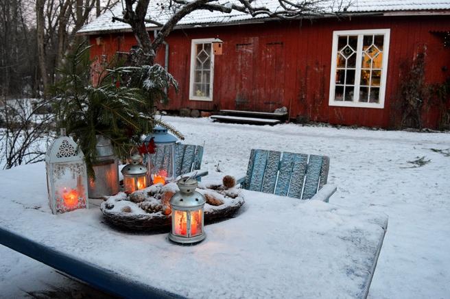 Ett vackert bord på Kungsdammens gård, säkert ett av de mest fotograferade platserna där.