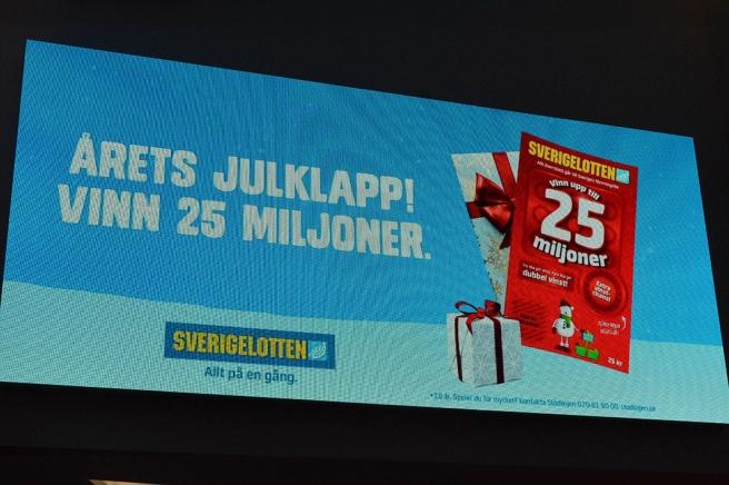 """Två och en halv miljon euro. Visst skulle jag hitta """"små hål"""" att stoppa dem i."""