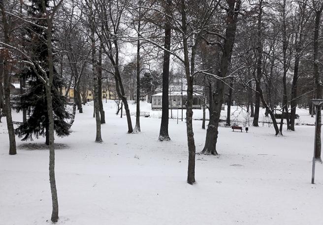 Kapellparken sedd från Östra Tullgatan.