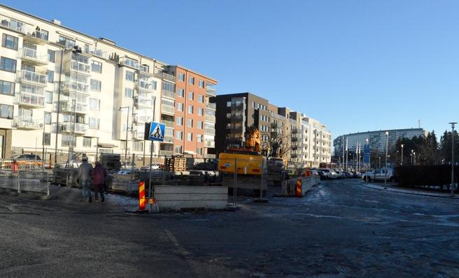 Nya bostadshus. I bakgrunden en del av Grindtorp.