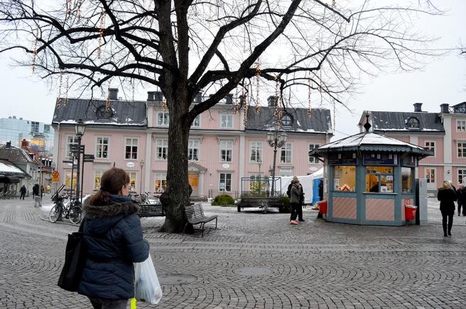 Stora Torget, julkommersen och människorna syns inte riktigt här.