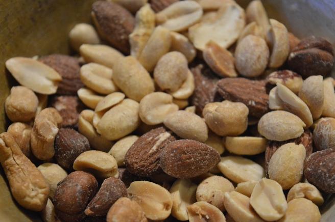 En näve nötter är hälsosamt, bestämmer jag :-)