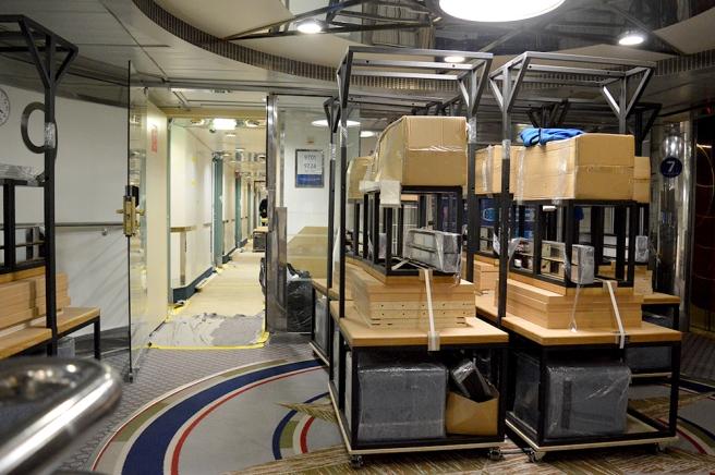 En av korridorerna med hytter som står på tur att renoveras.